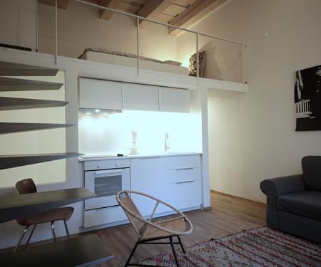 Apartamento para arrendar  - Prague 8 - Karlin